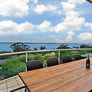'The Bay' 25 Wallawa Rd Huge Home With Aircon Spectacular Views & Chromecast photos Exterior