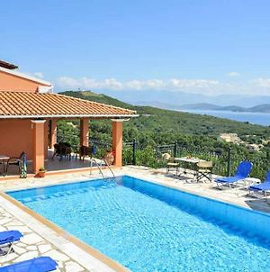 Agios Stefanos Sinion Villa Sleeps 8 With Pool Air Con And Wifi photos Exterior