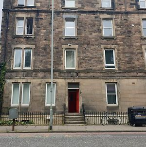 Charming 1 Bed With Easy City Access photos Exterior