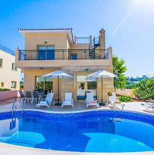 Polis Villa Sleeps 6 With Pool Air Con And Wifi photos Exterior