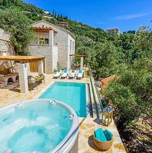 Villa In Kavalleraina Sleeps 4 With Pool Air Con And Wifi photos Exterior