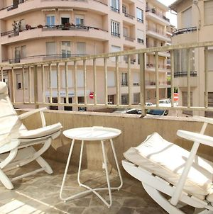 Cannes Stunning Renovated 1 Bedroom Wide Balcony In Building With Lift Centre photos Exterior