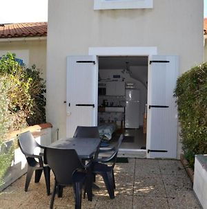 Appartement Barbatre, 2 Pieces, 4 Personnes - Fr-1-537-1 photos Exterior