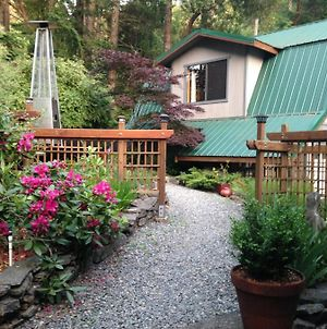 Salt Spring Carriage House B&B photos Exterior