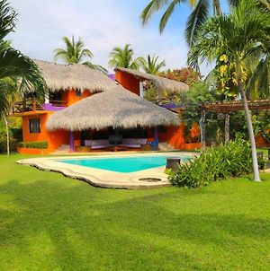 3 Bedroom Relaxing House @ Acapulco photos Exterior