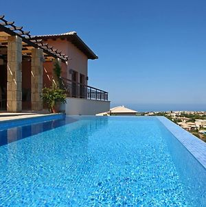 Kouklia Villa Sleeps 4 With Pool Air Con And Wifi photos Exterior