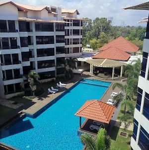Samsuria Beach Apartment Resort photos Exterior