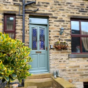 Bronte Railway Cottage At Haworth photos Exterior
