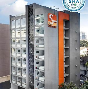 S Box Sukhumvit Hotel photos Exterior