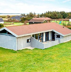 Four Bedroom Holiday Home In Vestervig 5 photos Room