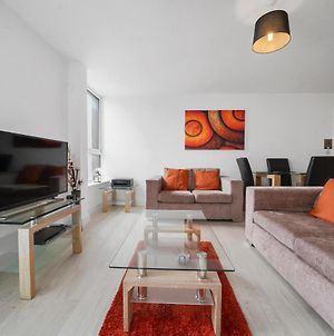 Kennet House Superior Serviced Apartment By Ferndale photos Exterior