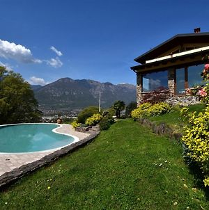 Lovely Villa In Pisogne With Swimming Pool photos Room