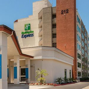 Holiday Inn Express Fullerton - Anaheim photos Exterior