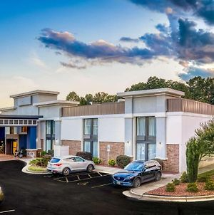 Best Western Plus Yadkin Valley Inn & Suites photos Exterior