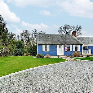 Classic Cape Cod Remodel W/ Deck & Large Yard Home photos Exterior