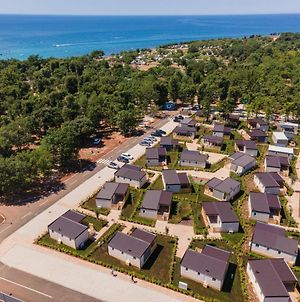 Mediteran Kamp Mobile Homes In Camping Park Umag photos Exterior