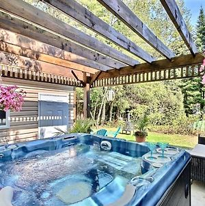 4 Bedroom Chalet By The Beach Spa Quebec City photos Exterior