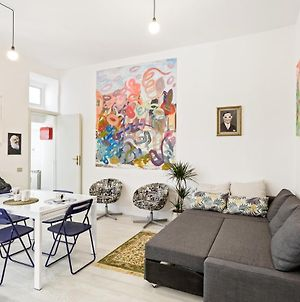 Pop Up Art Gallery Apartment In The Heart Of Como! photos Exterior