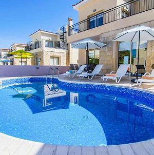 Villa In Polis Sleeps 6 With Pool Air Con And Wifi photos Exterior
