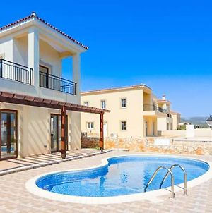 Villa In Neo Chorio Sleeps 6 Includes Swimming Pool Air Con And Wifi photos Exterior