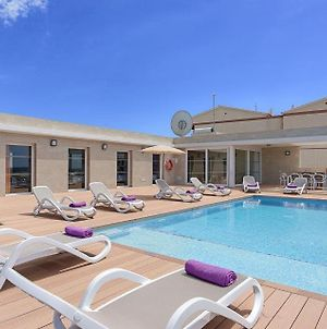 Villa In Cala'N Blanes Sleeps 9 With Pool Air Con And Wifi photos Exterior