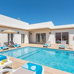Villa In Cala'N Blanes Sleeps 9 Includes Swimming Pool Air Con And Wifi photos Exterior