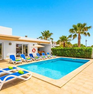 Villa In Cala'N Blanes Sleeps 9 Includes Swimming Pool Air Con And Wifi 4 photos Exterior