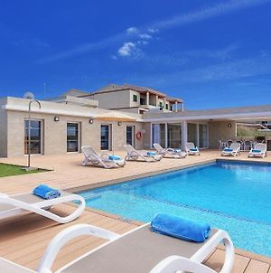 Villa In Cala'N Blanes Sleeps 9 Includes Swimming Pool Air Con And Wifi 8 photos Exterior