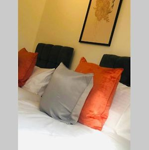City Centre, Secure Parking, Twin Room & Double photos Exterior