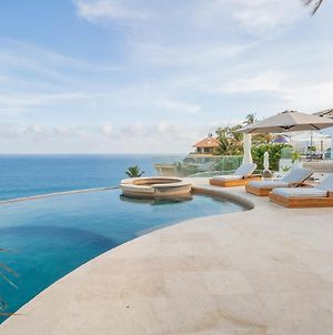 Brand New Modern Oceanfront Villa With Cliffside Infinity Pool, Jacuzzi, & Fire Pit photos Exterior