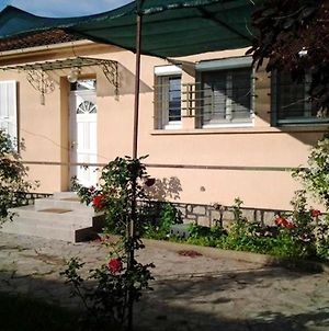 House With 3 Bedrooms In Ghisonaccia With Wonderful Mountain View Enclosed Garden And Wifi 10 Km From The Beach photos Exterior