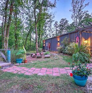 Bright Cabin On Creek With Wellness Spa And Deck! photos Exterior