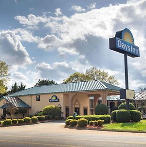 Days Inn By Wyndham Thomaston photos Exterior