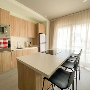 Luxury 1Br, Ocean View From The Balcony And Rooptop, 200M From The Beach photos Exterior
