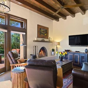 Casa Mariani - Stylish Retreat, Private And Serene 15 Minutes Outside Of Santa Fe - New Listing photos Exterior