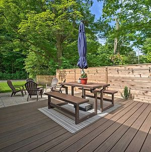 Fully Updated Home With Fire Pit Walk To Beach photos Exterior