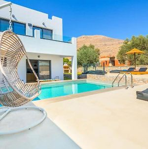 Villa In Lindos Sleeps 4 Includes Swimming Pool Air Con And Wifi 1 photos Exterior