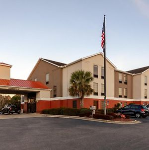 Holiday Inn Express & Suites Milton East I-10 photos Exterior
