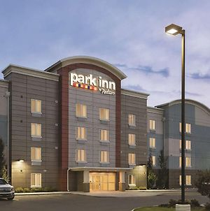 Park Inn By Radisson, Calgary Airport North, Ab photos Exterior
