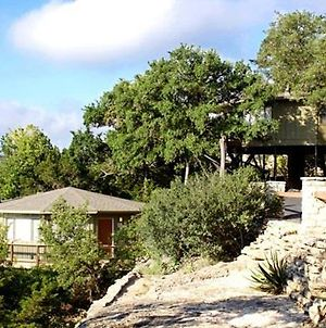 Vacation Resort Cottages Overlooking Lake Travis photos Exterior