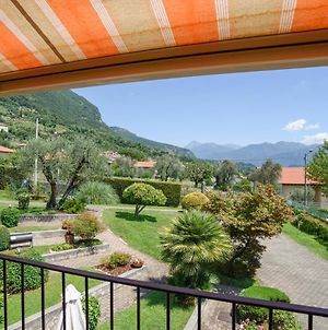 Cozy And Quiet Apartment On The Hills Of Lenno! Free Parking Nearby photos Exterior