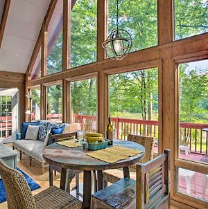 Saluda Cabin With Deck Situated On Lake Hosea! photos Exterior