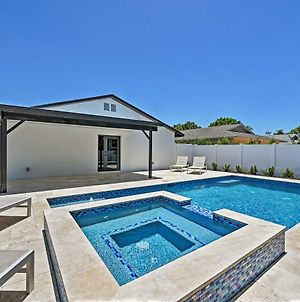 Chic Beach Home With Heated Pool 1 Mi To Ocean! photos Exterior