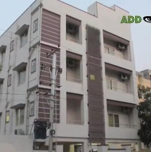 Home Care 3 Bhk Flat photos Exterior