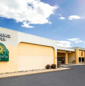 La Quinta Inn By Wyndham Davenport & Conference Center photos Exterior