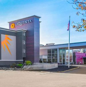 La Quinta Inn Suites By Wyndham Clifton Rutherford photos Exterior