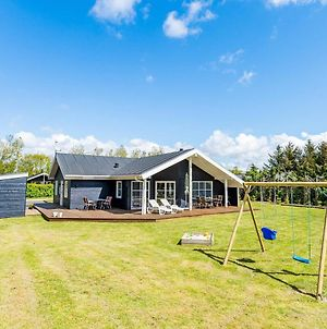 6 Person Holiday Home On A Holiday Park In Tarm photos Exterior
