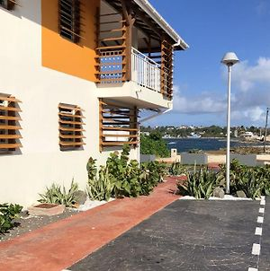 Apartment With One Bedroom In Le Moule, With Wonderful Sea View, Furnished Terrace And Wifi - 30 M From The Beach photos Exterior