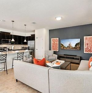 Brand New Luxury Home 5Bdr 4,5Bath With Pvt Pool And Large Patio Area Close To Disney Parks photos Exterior