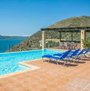 Farsa Villa Sleeps 6 With Pool Air Con And Wifi photos Exterior